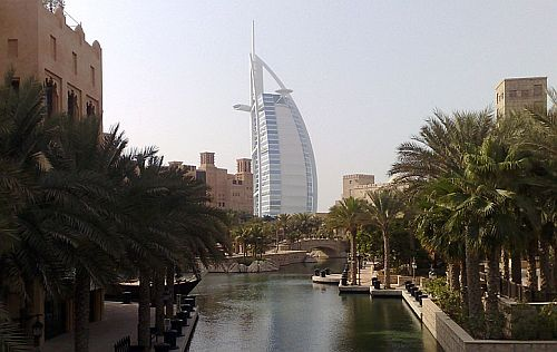 Madinat Jumeirah und Burj Al-Arab